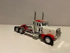 DCP WHITE & RED 1/64 PETERBILT 389 DAY CAB