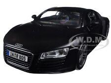 AUDI R8 MATT BLACK 1:24 DIECAST MODEL CAR BY MAISTO 31281