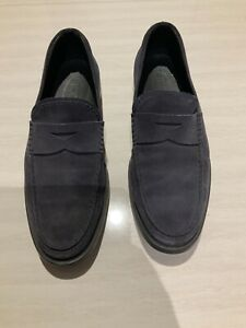 TOD'S BEAUTIFUL SUEDE LOAFER SLIP ON  SHOES MEN SIZE 8.5 EXCELLENT CONDITION