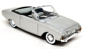 Solido 1/43 - Ford Taunus 17M Convertible 1960 Silver diecast model car