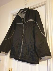 Umbro Black Waterproof Jacket Size XLB