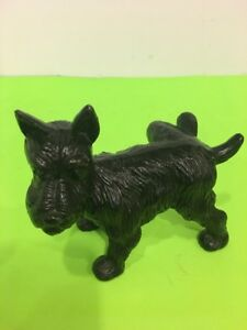 Vintage Cast Iron Terrier Scottie Dog Peeing Door Stop Bookend