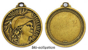 Médaille/ Medal - VICTORIA. Bronze. XX°s
