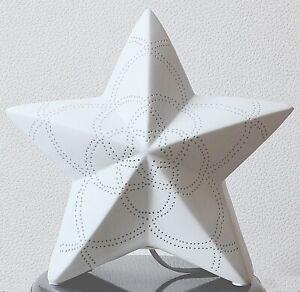 Lampe Stern Tischlampe Porzellan weiß H 27 cm B 31 cm Gilde