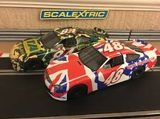 Scalextric Ford Taurus Twin Pack entièrement entretenue & New tresses