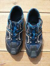 Chaussure de sport pointure 36 Quechua