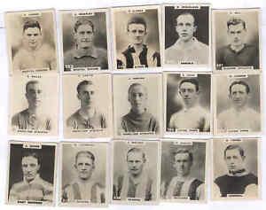 15 Godfrey Phillips Pinnace Footballers 'Pinnace' back
