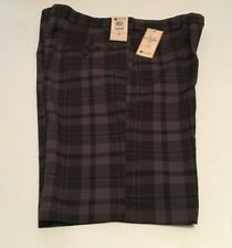 HAGGAR  MEN'S COOL 18 PERFORMANCE FLAT FRONT SHORT SIZE 36  CHARCOAL PLAID   NWT