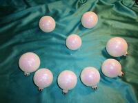 ~ 9 alte Christbaumkugeln Glas weiß Glitzersand rosa Weihnachtskugeln Vintage ~
