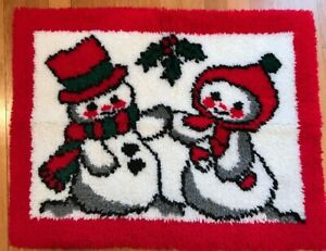 Vintage Finished Snowman Latch Hook Christmas Rug Wall Hanging Holiday 23X29""