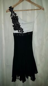 JANE NORMAN Size 6 Gorgeous Black & White One Shoulder £50