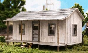 HO - Company House - Laser Cut Wood,**Building KIT** #BLN-176
