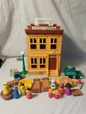 Fisher Price Play Family Sesame Street Lot