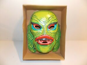 Retro Monster Mask Creature from the Black Lagoon  Green