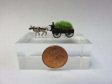 (GK03) farmer on cart with gras cow figure Scale Gauge Z (1:220)