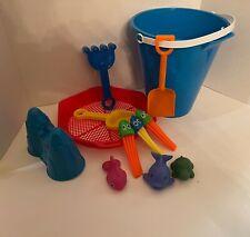 12 Piece Beach / Sand Toys: sand bucket,shovels,sifter,mol d,rake,watersquirter
