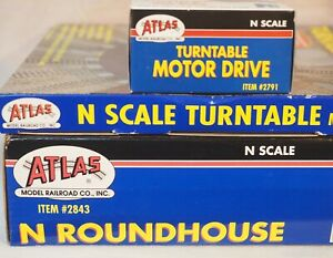 Atlas N Scale Roundhouse #2843 Turntable #2790 Turntable Motor #2791 New OB