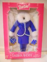 Barbie BOUTIQUE Fashion Avenue 1996 18126 Royal Blue Suit