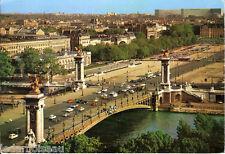 Carte postale, PARIS, Le pont Alexandre III, écrite au revers en 1972.