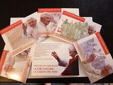 ETUI  5  CARTES  POSTALES  NEUVES  VATICAN  ANNEE  2010  LA  CHARITE  DU  PAPE