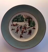 Christmas Plate Avon Collector Wedgewood Skaters on the Pond 1976 #4 Vintage