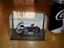 MAISTO TOY- SUZUKI GSV-R (#21) J. HOPKINS, MOTO GP #2005 yr. RACING BIKE 1:24