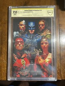 Justice League #15 CBCS 7.0 - Signed by Gadot, Cavill, Momoa & Fisher