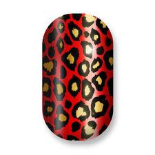 Decorazioni rosso brillante per unghie