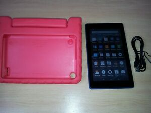 Amazon Fire 7 Tablet 8gb blue 7th Generation, bundled with Kids shock cover.