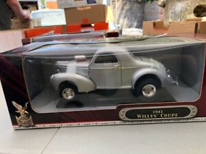 1:18th Scale Road Legends 1941 Willys Coupe