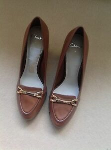 Clarks Women Leather Tan Shoes.New size 7UK.