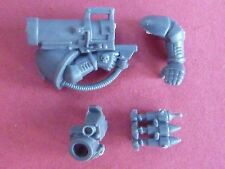 Space Marine GENERIC Power Armour MISSILE LAUNCHER - Bits 40k