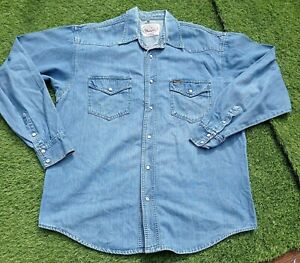 Vintage mens medium wrangler authentic made in portugal denim shirt pearl snap