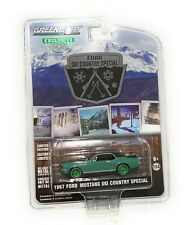 GREENLIGHT 1/64 1967 FORD MUSTANG COUPE SKI COUNTRY SPECIAL DIECAST 30113 chase