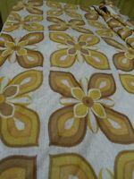 3m,40x1,40  beaux  motifs marronnés   tissus ans 60 coussins ,rideaux ,déco etc.