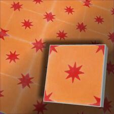 orange rote Sterne Raumgestaltung mit echten Zementfliesen Vintage Dekor