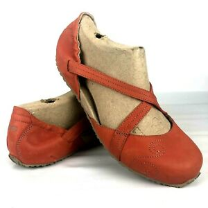 Ahnu Karma Latitude 10.5 Criss Cross Ballet Yoga Flat Shoes Orange leather Mary