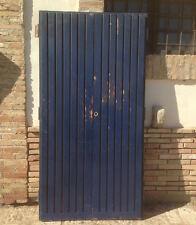 vecchia Porta portone in legno di ingresso entrata a due ante in legno massello
