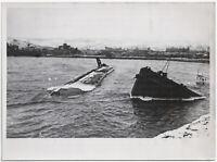Bombenvolltreffer im Hafen von Feodosia. Orig-Pressephoto, von 1942