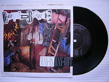 David Bowie - Day In Day Out / Julie, EMI EA-230 Ex+ Condition Single