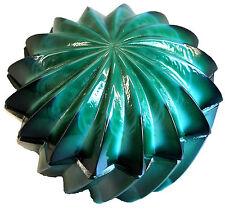 Dose, geformt, in Jadeglas - Motiv Stern AE 615