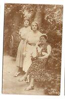 photo carte postale    3 jeunes femmes  (1016c)