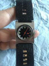 Diesel DZ-2107 quartz Watch new battery runs fine 10 Bar water resistant