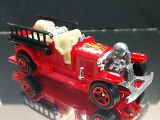 OLD NUMBER 5 FIRE TRUCK ADULT COLLECTIBLE 1/64 SCALE LIMITED EDITION HOT WHEELS