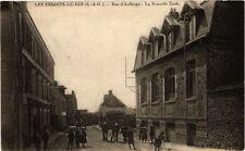 CPA  Les Essarts-le-Roi (S.-&-O.) - Rue d'Auffargis -La Nouvelle École  (246435)