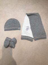 Baby Dior gorro, una bufanda y unos guantes tamaño T0