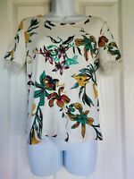 Womens M&S Blouse size 8 white flower lace casual short sleeve pretty vgc