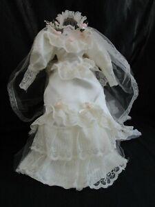 "Vintage Bride 14 "" ~ 16"" Color Ivory  Doll Wedding Dress with Veil"