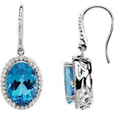 Topacio Azul Suizo & 7/8ct. Tw. Diamante Pendientes en 14k ORO BLANCO