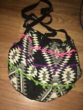 ATMOSPHERE WOMENS 30X25CM BLACK/WHITE SHOULDER BAG (EX COND)